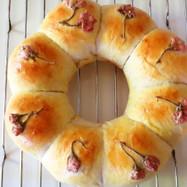 もちもちミニ桜餅入り♡ちぎりパン♪