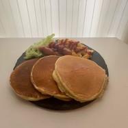 パンケーキの朝食ワンプレート