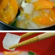 大根ダイスとズッキーニのお味噌汁☆