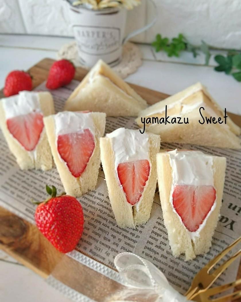 苺サンド☆水切り不要ヨーグルトクリーム
