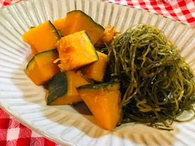 かぼちゃと刻み昆布の煮物。