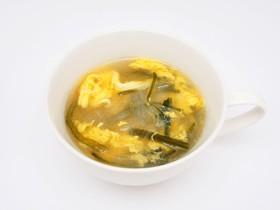 茎わかめと春雨のスープ