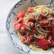 トマトと紫蘇としらすの和風冷製パスタ