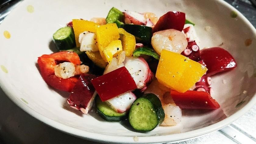 イタリアンレストラン風 海の幸サラダ♪