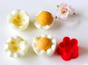 ゆで卵をかわいくカットの写真