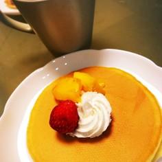 自家製パンケーキと自家製ほうじ茶