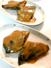 サバの味噌煮の写真