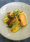 アスパラと鮭のからしマヨ炒め