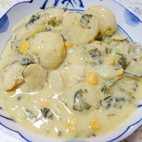 カブ・そら豆・小松菜・コーンのクリーム煮