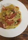 キウイとトマトの冷製ペペロンチーノ
