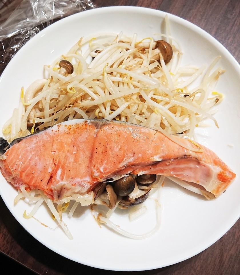 簡単!鮭のフライパン蒸し