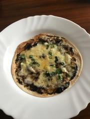 海苔の佃煮の簡単ピザ!の写真