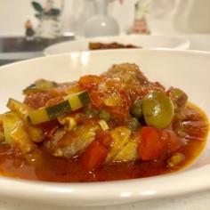 トマト缶で作る鶏肉の簡単バスク風煮込