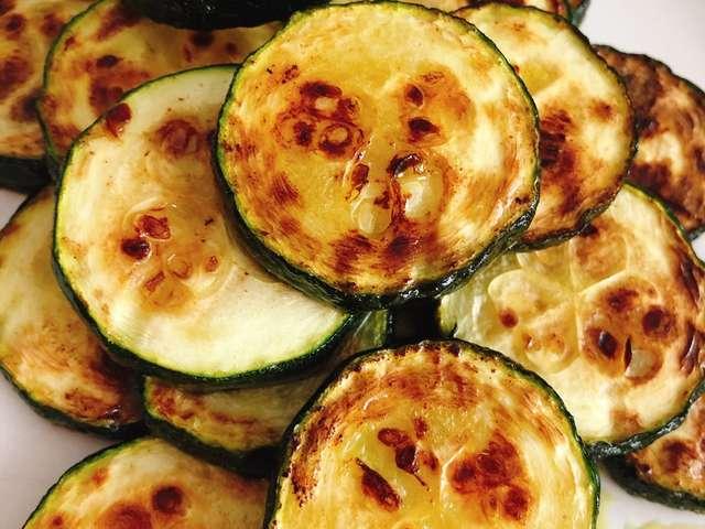 ズッキーニ の 調理 法