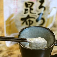 超簡単!とろろ昆布と豆乳で湯葉風?豆乳汁