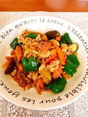 焼肉のたれで簡単☆夏野菜たっぷり豚肉炒め