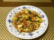 豚肉とニラとキャベツの中華炒めの写真