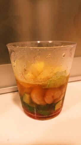 コンソメジュレのカップサラダ