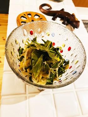 お茶の葉とツナとモヤシのおひたし