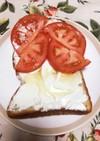 蜂蜜クリチトーストのトマトサンド