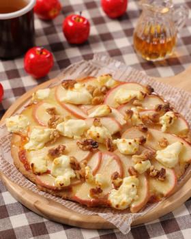 HMで簡単♪りんごとチーズのピッツァ