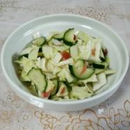 キャベツときゅうりのサッパリ梅肉サラダ