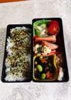 鮭のムニエルと煮豆のお弁当です