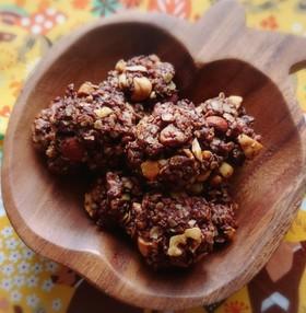 ナッツとオートミールのココアクッキー
