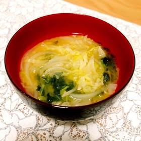 ♡玉ねぎとキャベツとアオサのお味噌汁♡