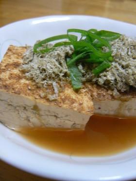 焼き豆腐の煮物とろろ昆布乗せ