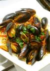 スペイン式白ワイン入ムール貝のアヒージョ