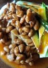三河屋の煮ぬき汁でつくる納豆うどん