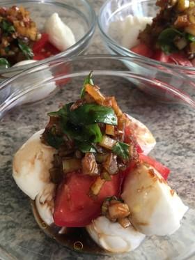 トマトとブッフェラのサラダ