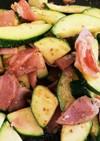 夏野菜ズッキーニとベーコン炒め