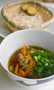 ビタミンたっぷり温つけ麺の写真