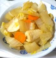白菜と竹輪のさっと煮の写真