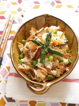桜海老とアスパラガスのアーリオオーリオぺペロン炒飯