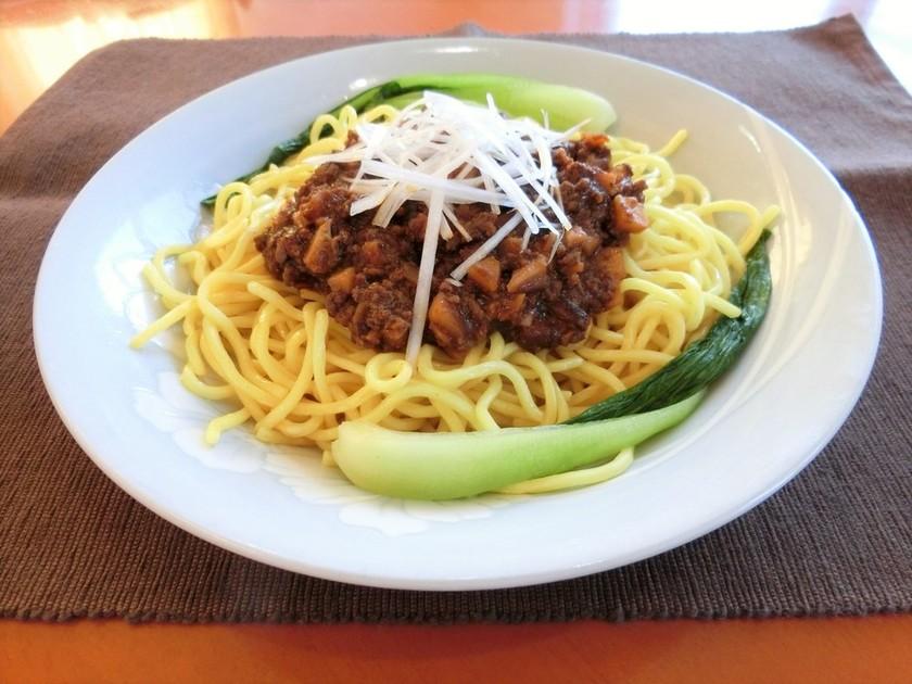 アスリート食★エゾシカ肉のジャージャー麺