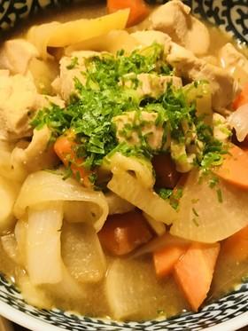 鶏肉と根菜のめんつゆ味噌煮