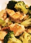 鶏胸肉とブロッコリー炒め