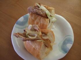 簡単!フランスパンで豚肉ボリュームサンド