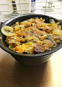 さんまの蒲焼と鯖の水煮缶の卵とじ丼