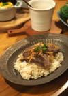 焼肉用お肉でガーリックライスのっけ丼