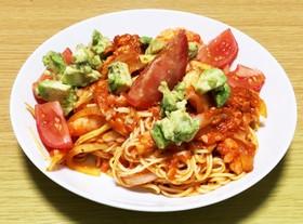 お店の味を 家でも。〜海鮮トマトパスタ〜