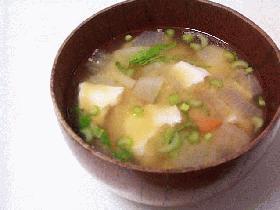重ね蒸し煮で作るお味噌汁