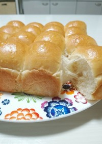 モッチリちぎりパン