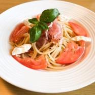 トマトと生ハムの冷製パスタ