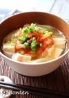 キムチと豆腐の味噌汁