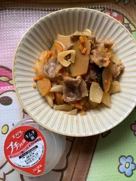 『プチッと鍋』の素で野菜炒め