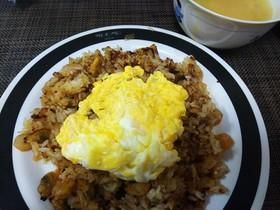 簡単美味・アサリと卵のガーリックライス